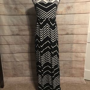 Design History Size Large Strapless Maxi Dress